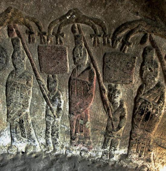 北魏鲜卑族_草原上发现一处距今约2000年的东汉末年到北魏时期鲜卑族墓葬群,发掘